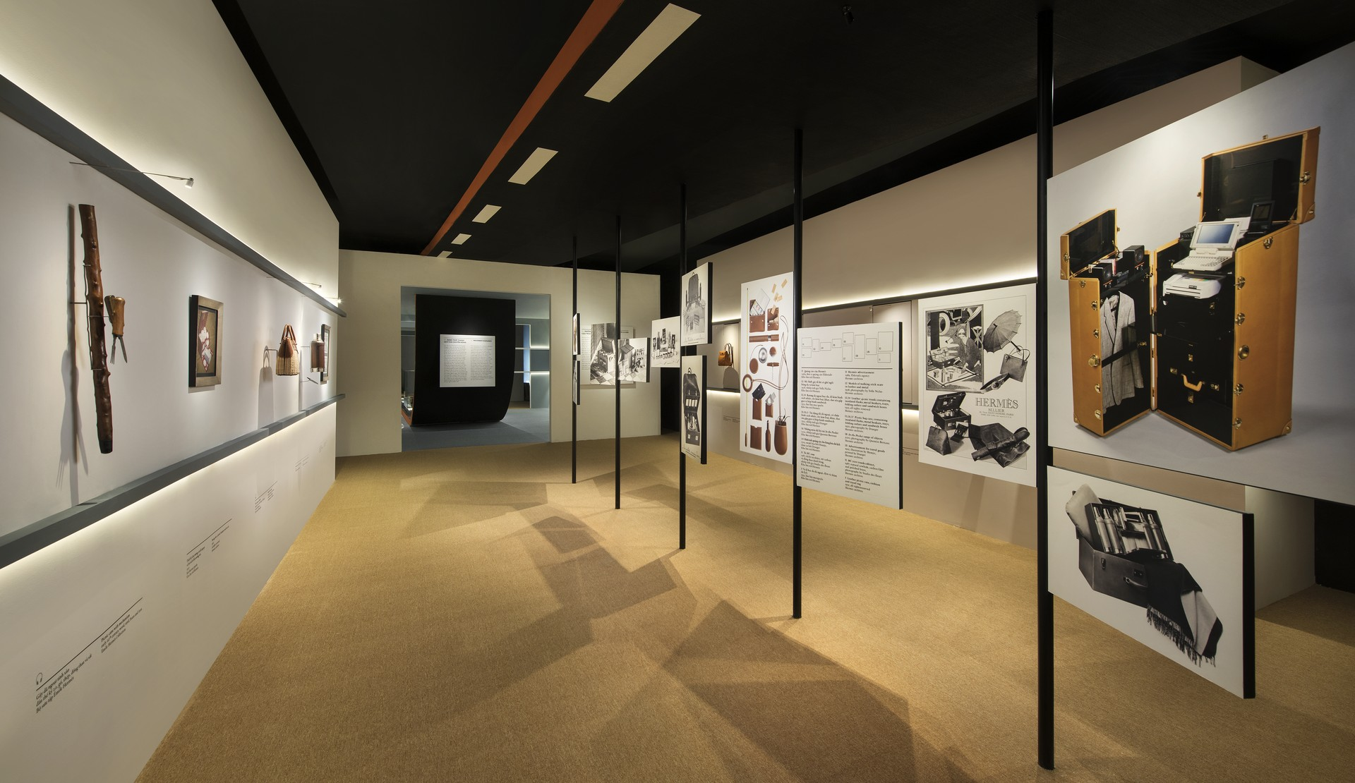 HERITAGE OF HERMÈS IS ON DISPLAY FOR THE FIRST TIME IN HANOI